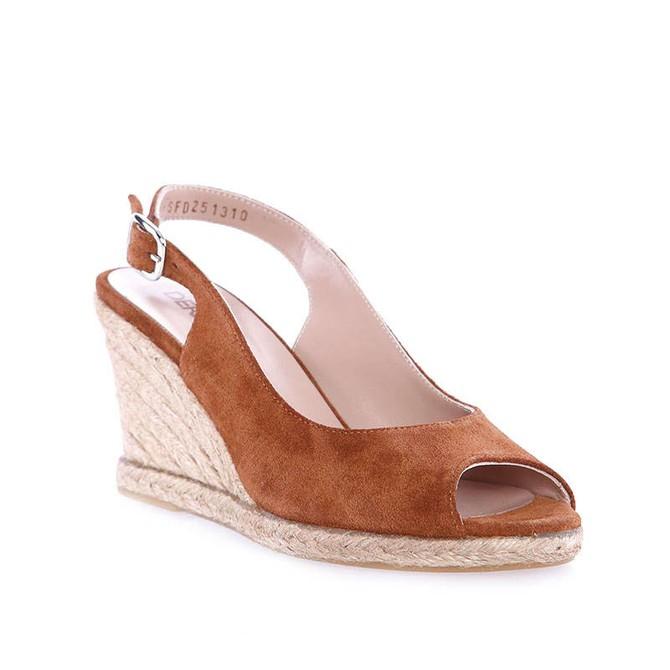 5637530982 Kadın Sandalet