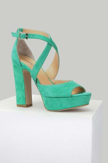 5637871041 Süet Kadın Deri Topuklu Ayakkabı