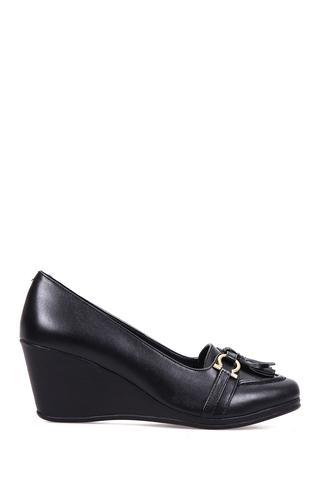 Kadın Püskül Detaylı Dolgu Topuklu Ayakkabı