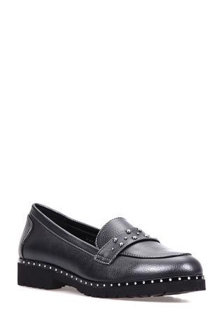 Zımba Detaylı Kadın Mat Ayakkabı