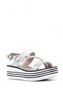 5638046284 Kadın Gümüş Dolgu Topuklu Sandalet