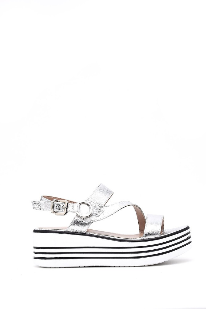 Gri Kadın Gümüş Dolgu Topuklu Sandalet 5638046284