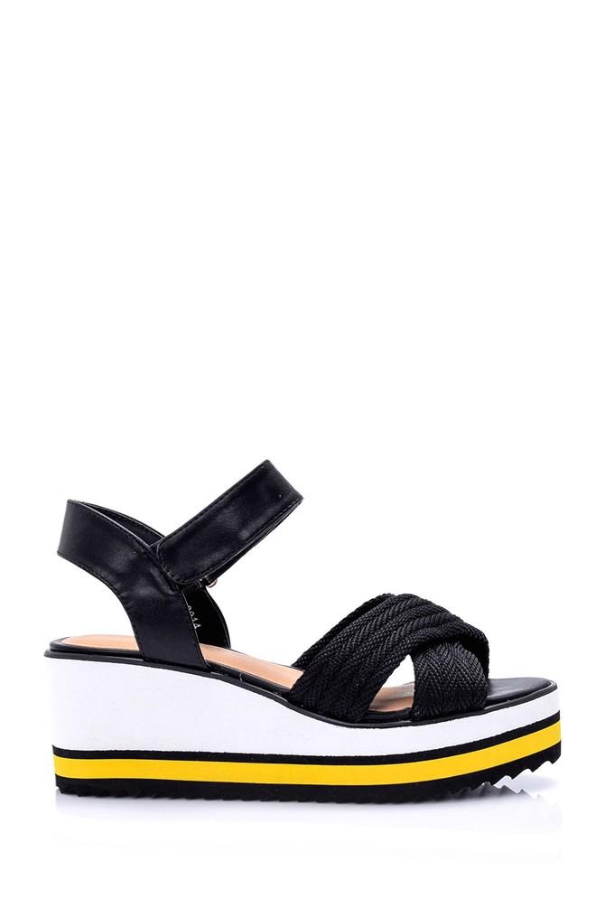Siyah Kadın Dolgu Topuklu Sandalet 5638015878