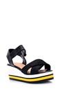 5638015878 Kadın Dolgu Topuklu Sandalet