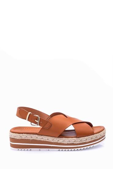 5638002475 Kadın Hasır Detaylı Sandalet