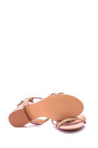 Kadın Topuk Detaylı Sandalet