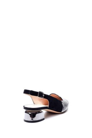 Kadın Yılan Derisi Desenli Metal Topuk Detaylı Ayakkabı