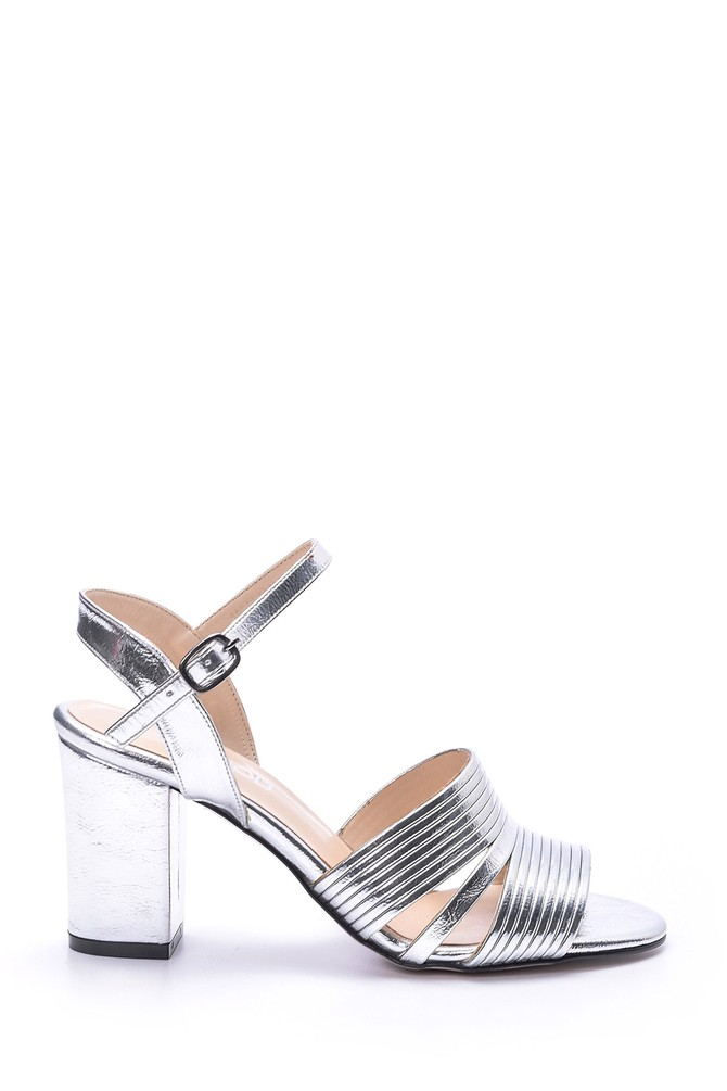 5638049951 Kadın Gümüş Topuklu Ayakkabı