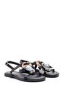 5638032473 Kadın İnci Detaylı Sandalet