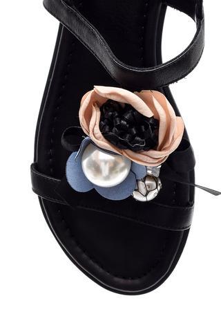 Kadın İnci Detaylı Sandalet