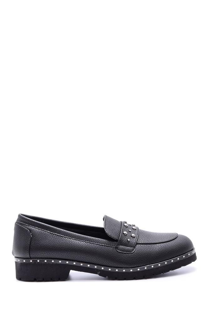 Siyah Kadın Zımba Detaylı Ayakkabı 5638082022