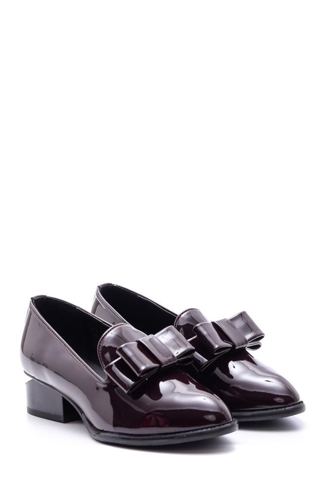 5638082043 Kadın Topuk Detaylı Fiyonklu Rugan Ayakkabı