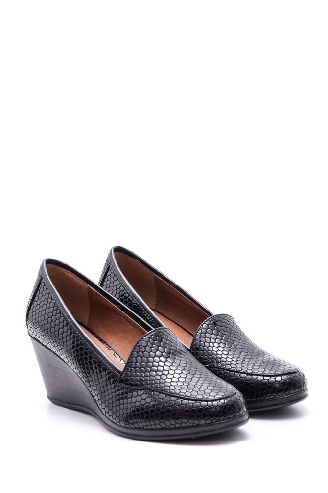 5638082871 Kadın Yılan Derisi Desenli Dolgu Topuklu Ayakkabı