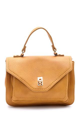 Kadın Kapaklı Çanta