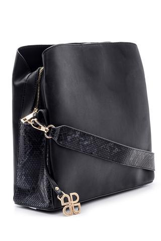 Kadın Yılan Derisi Detaylı Çanta
