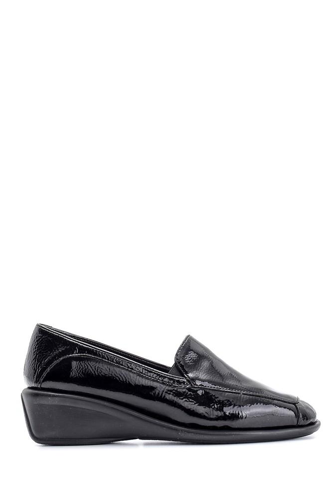 Siyah Kadın Dolgu Topuklu Rugan Ayakkabı 5638101780
