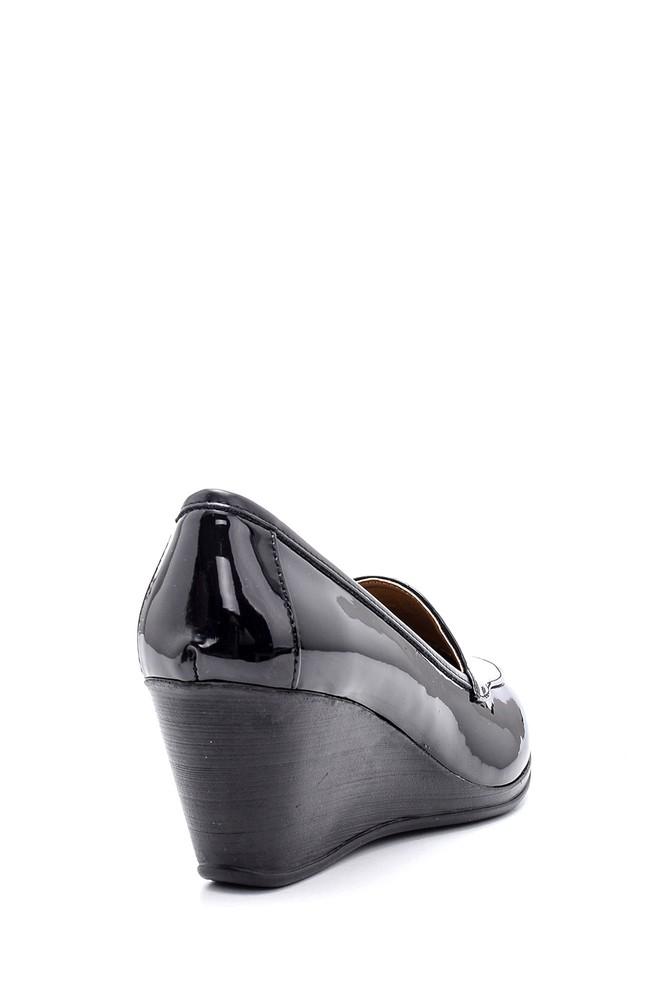 5638127562 Kadın Rugan Ayakkabı