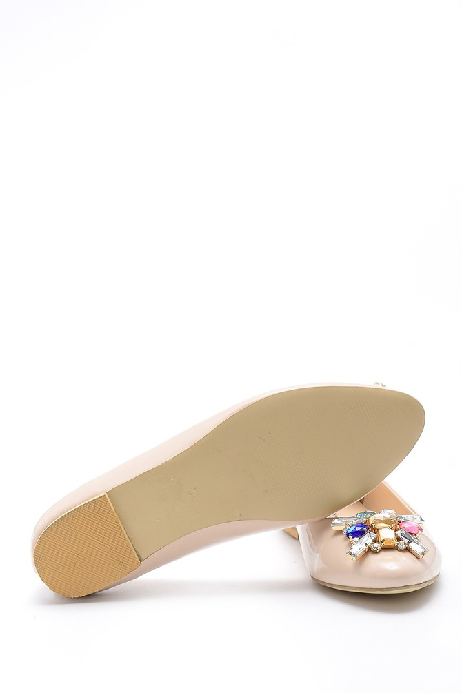 5638170659 Kadın Taş Detaylı Rugan Ayakkabı