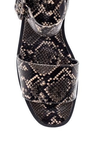 Kadın Yılan Derisi Desenli Sandalet
