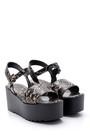 5638135922 Kadın Yılan Derisi Desenli Sandalet
