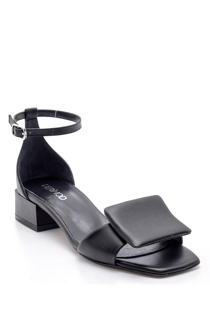 5638161736 Kadın Deri Sandalet