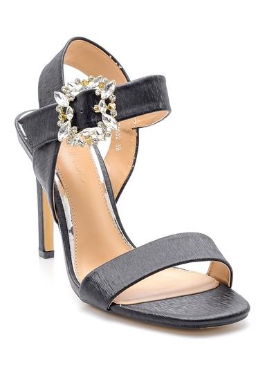 Siyah Kadın Toka Detaylı Topuklu Sandalet 5638133072