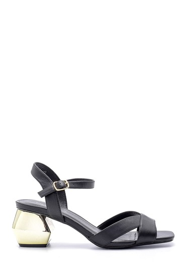 Siyah Kadın Topuk Detaylı Sandalet 5638135984