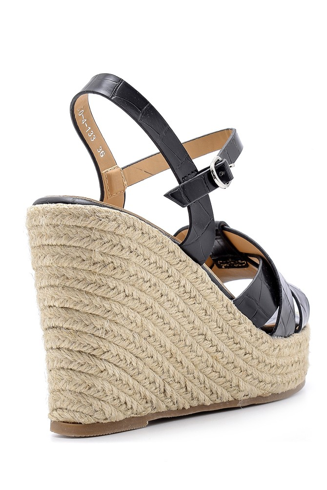 5638137597 Kadın Dolgu Topuklu Sandalet