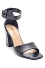 5638162418 Kadın Deri Topuklu Sandalet