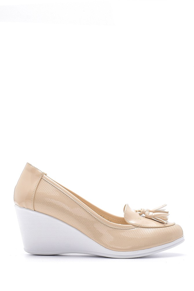 Bej Kadın Rugan Dolgu Topuklu Ayakkabı 5638192135
