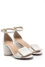 5638161111 Kadın Deri Kalın Topuklu Sandalet