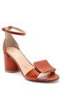 5638161113 Kadın Deri Kalın Topuklu Sandalet