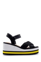 5638128788 Kadın Dolgu Topuklu Sandalet