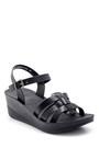 5638132555 Kadın Kroko Desenli Sandalet