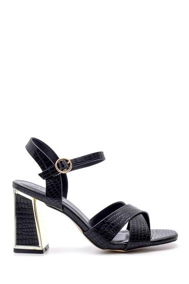 Siyah Kadın Topuk Detaylı Sandalet 5638132597