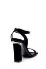 5638165706 Kadın Süet Topuk Detaylı Sandalet