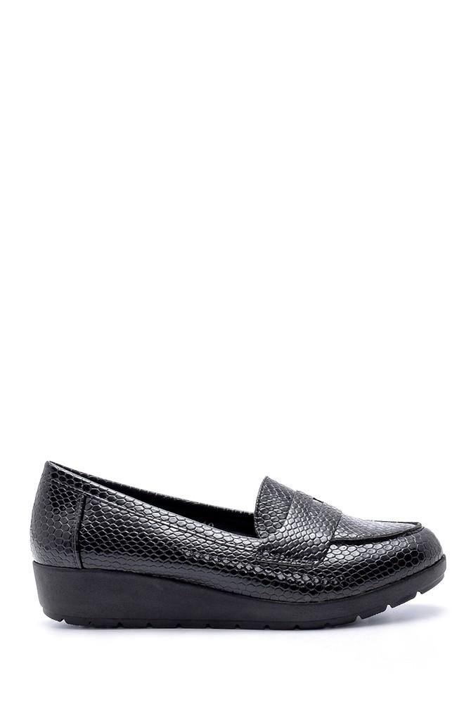 Siyah Kadın Yılan Derisi Desenli Ayakkabı 5638199367