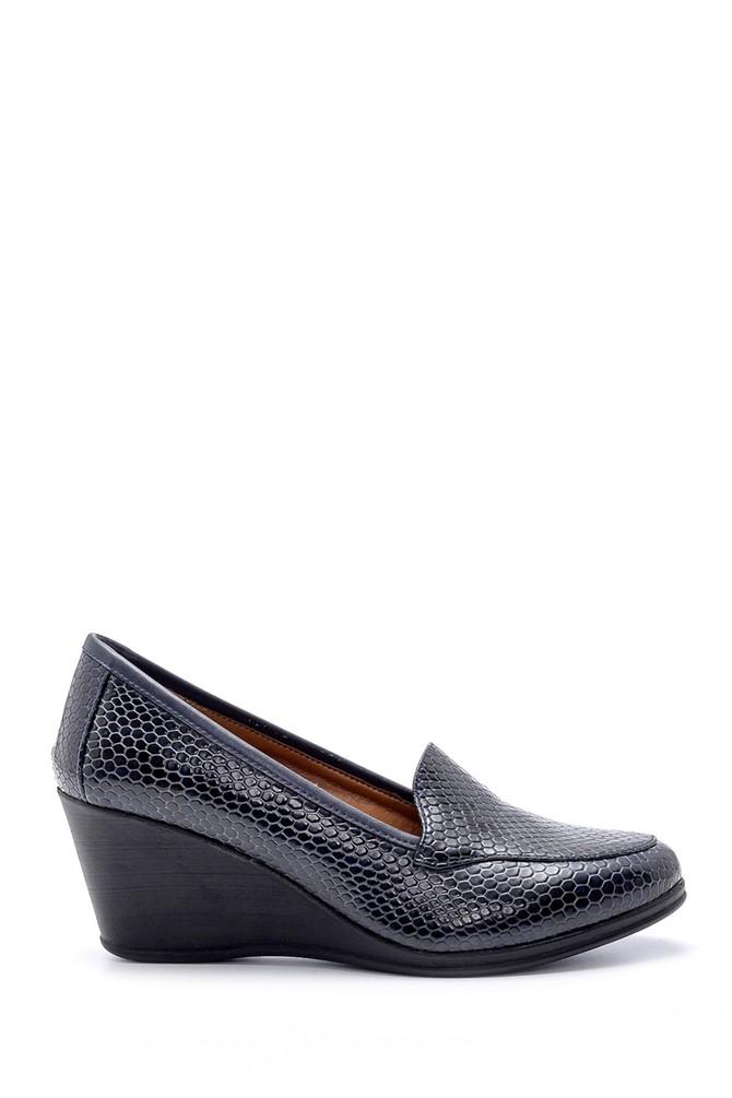 Lacivert Kadın Yılan Derisi Desenli Dolgu Topuklu Ayakkabı 5638199420