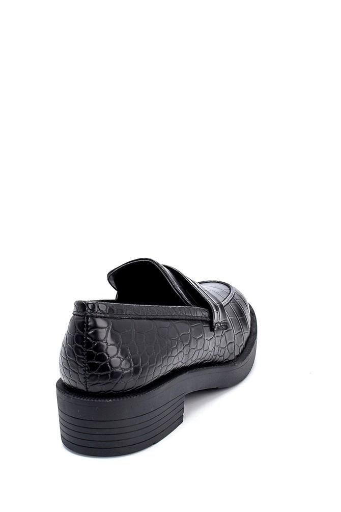 5638208938 Kadın Kroko Desenli Loafer