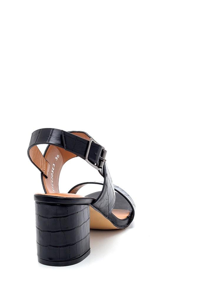 5638271682 Kadın Kroko Desenli Sandalet