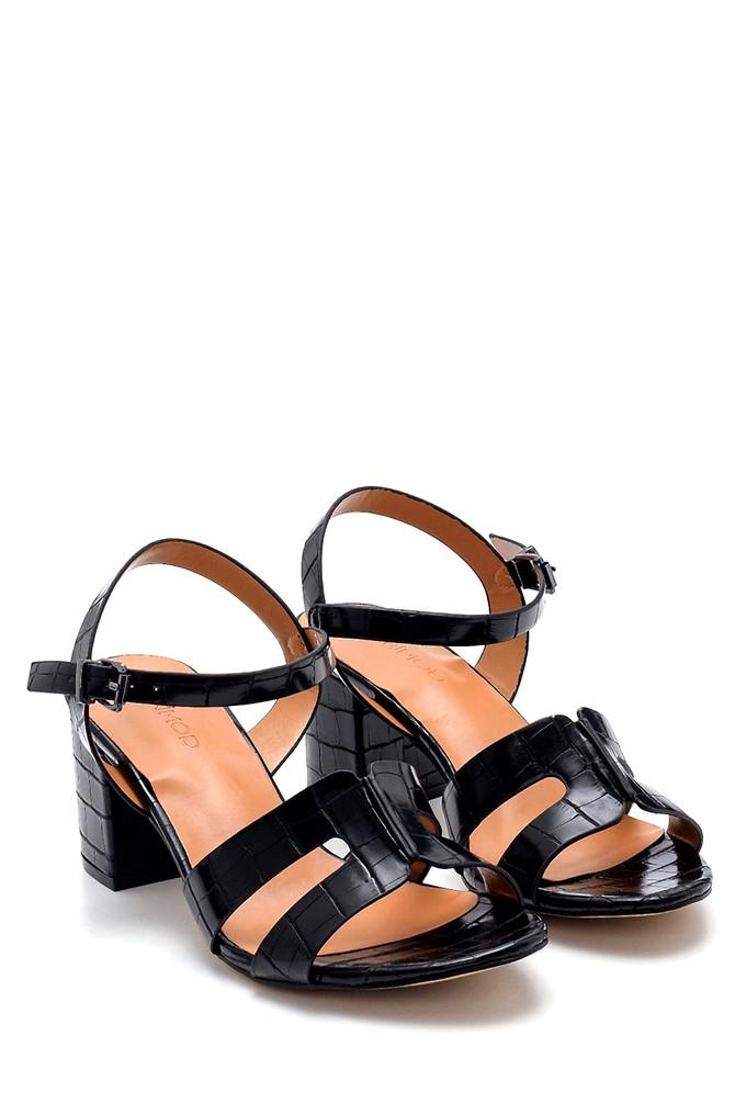 5638271708 Kadın Kroko Desenli Sandalet