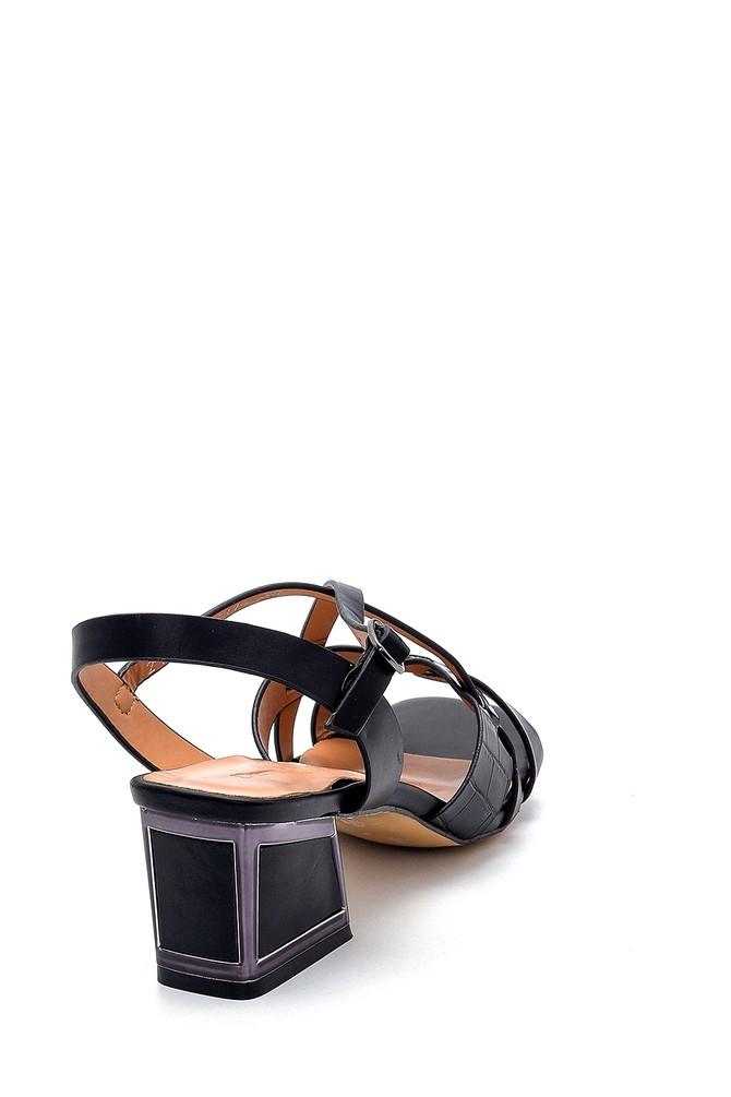 5638271754 Kadın Topuk Detaylı Sandalet