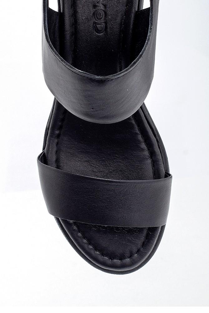 5638268348 Kadın Deri Kalın Tabanlı Sandalet
