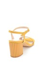 5638260903 Kadın Süet Topuklu Sandalet