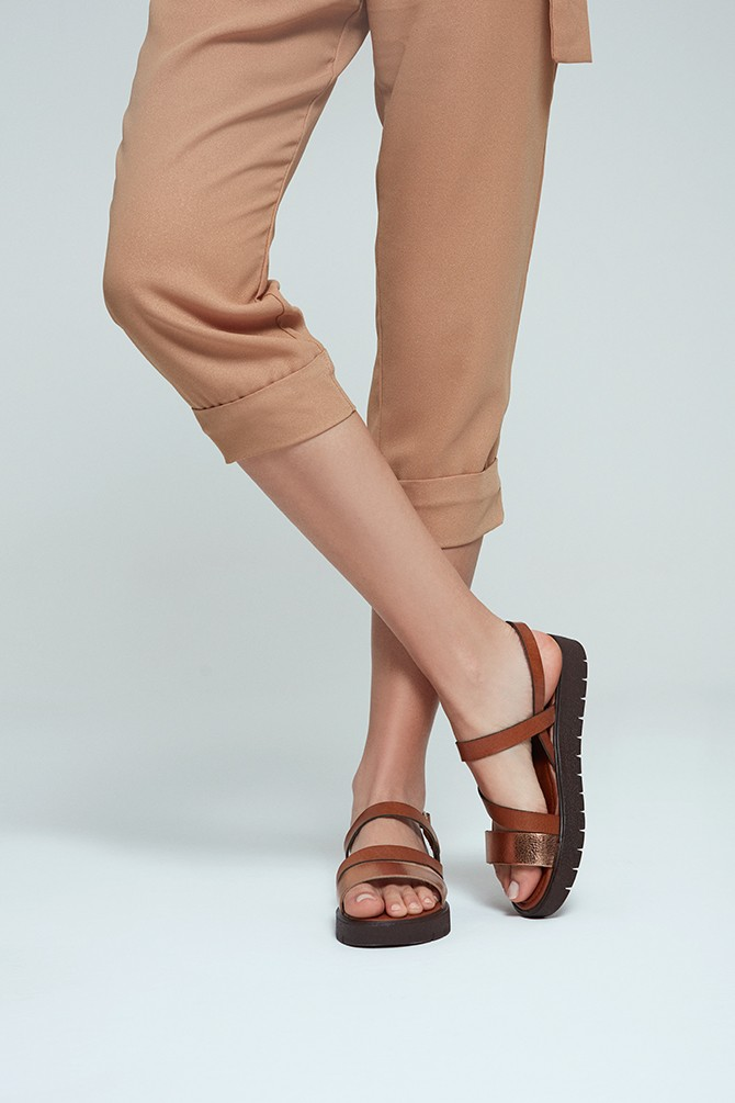 5638255331 Kadın Deri Sandalet