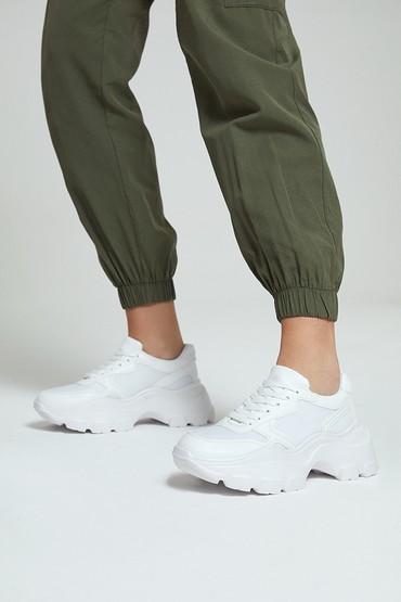 Beyaz Kadın Yüksek Tabanlı Sneaker 5638292488