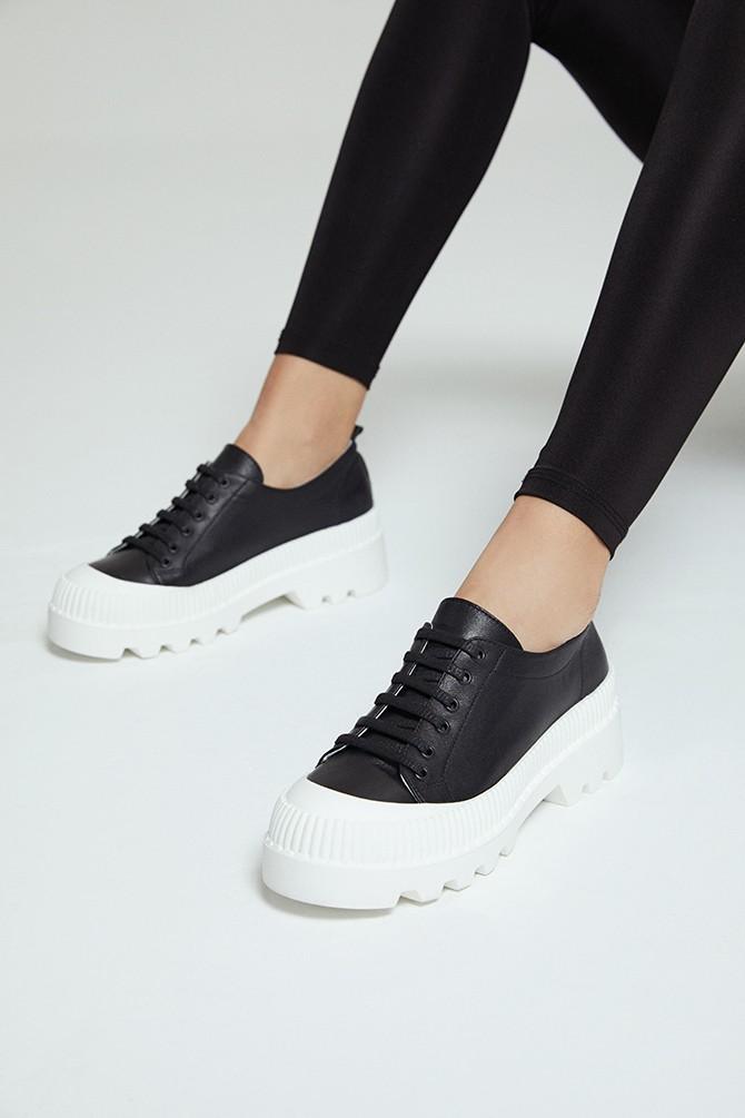 Siyah Kadın Deri Sneaker 5638281316