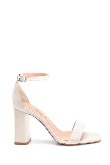 Bej Kadın Rugan Yüksek Topuklu Ayakkabı 5638273638