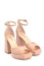 5638297459 Kadın Deri Yüksek Topuklu Sandalet