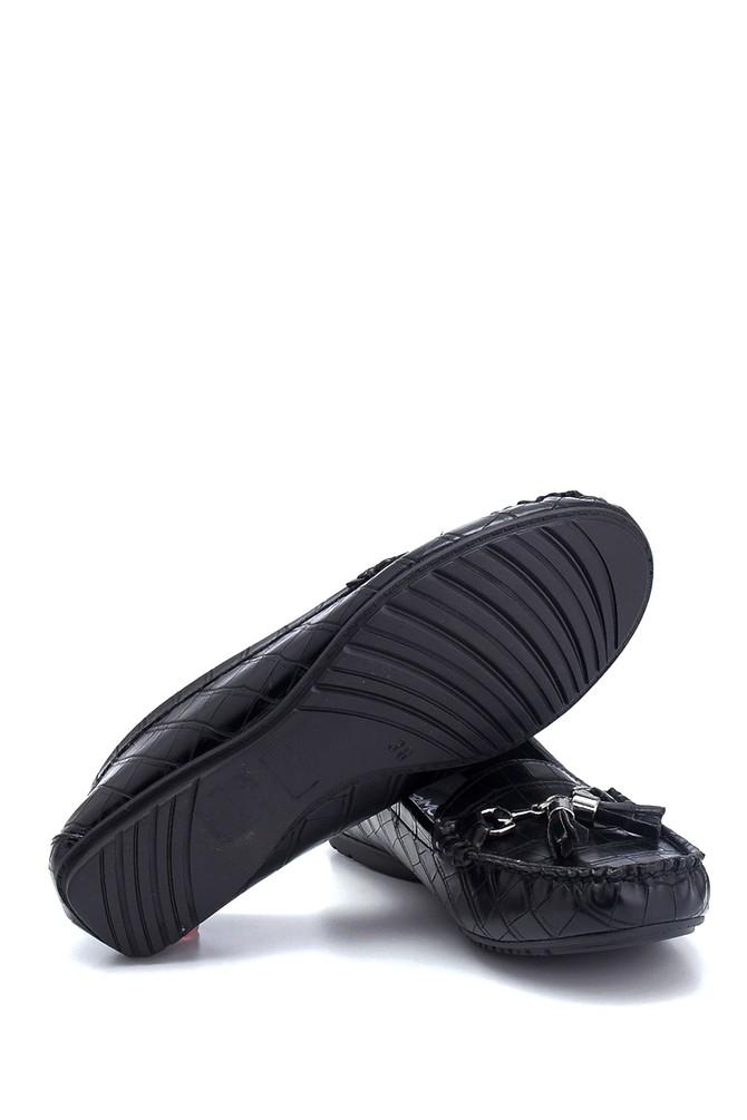 5638312484 Kadın Kroko Desenli Püsküllü Loafer